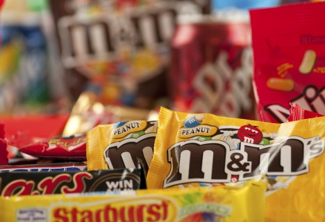 20 Healthier Halloween Candy Choices