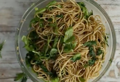 video: whole wheat noodles feature