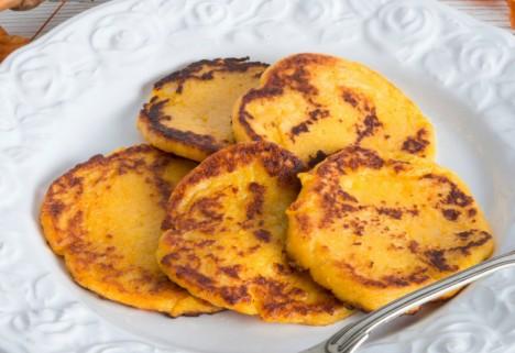 Paleo Coconut Pumpkin Pancakes