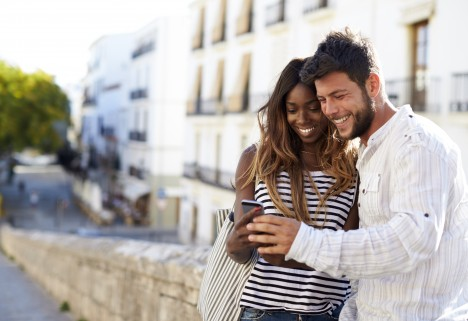 9 Signs You Are Dating The Wrong Guy