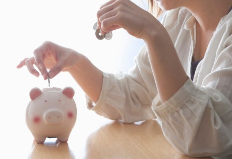 Saving Money in Your 20s: 8 Tools to Check Out