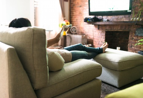 How Dumb TV Can Ease Your Panic Attacks