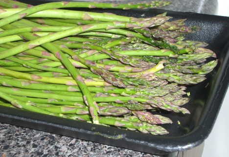 Roasted Asparagus: My Simple, Healthy Passover Dish