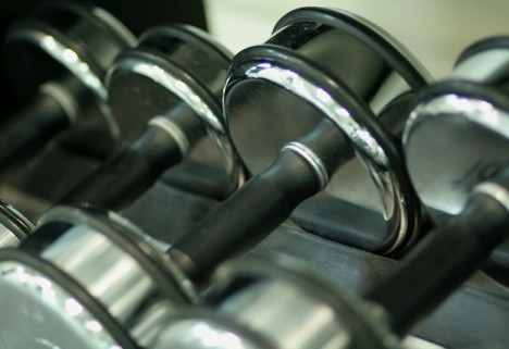 NEWS: A Little Lifting Can Lead to a Stronger Heart, Study Suggests