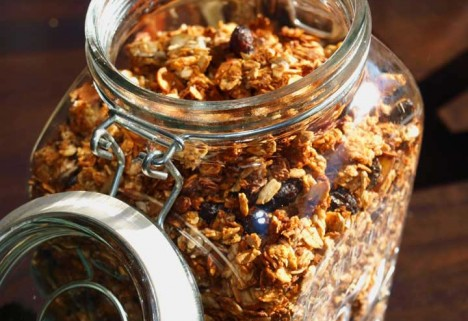 Dangerfood: Granola