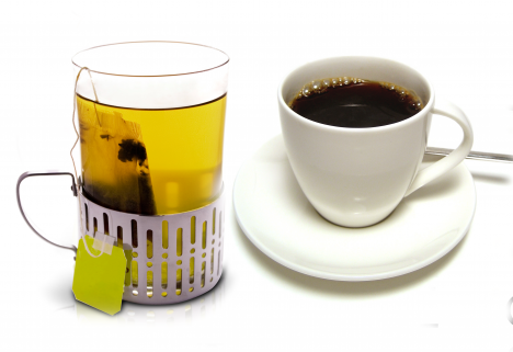 Green Tea vs. Black Coffee - The Greatist Debate