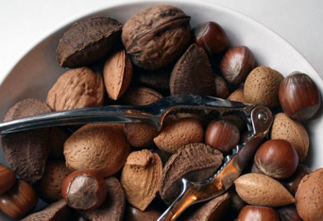 News: Almonds Have 20 Percent Fewer Calories