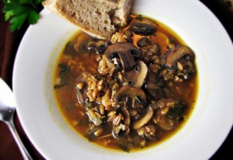 Mushroom and Farro Soup