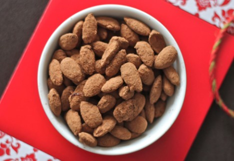 Cocoa-Dusted Almonds
