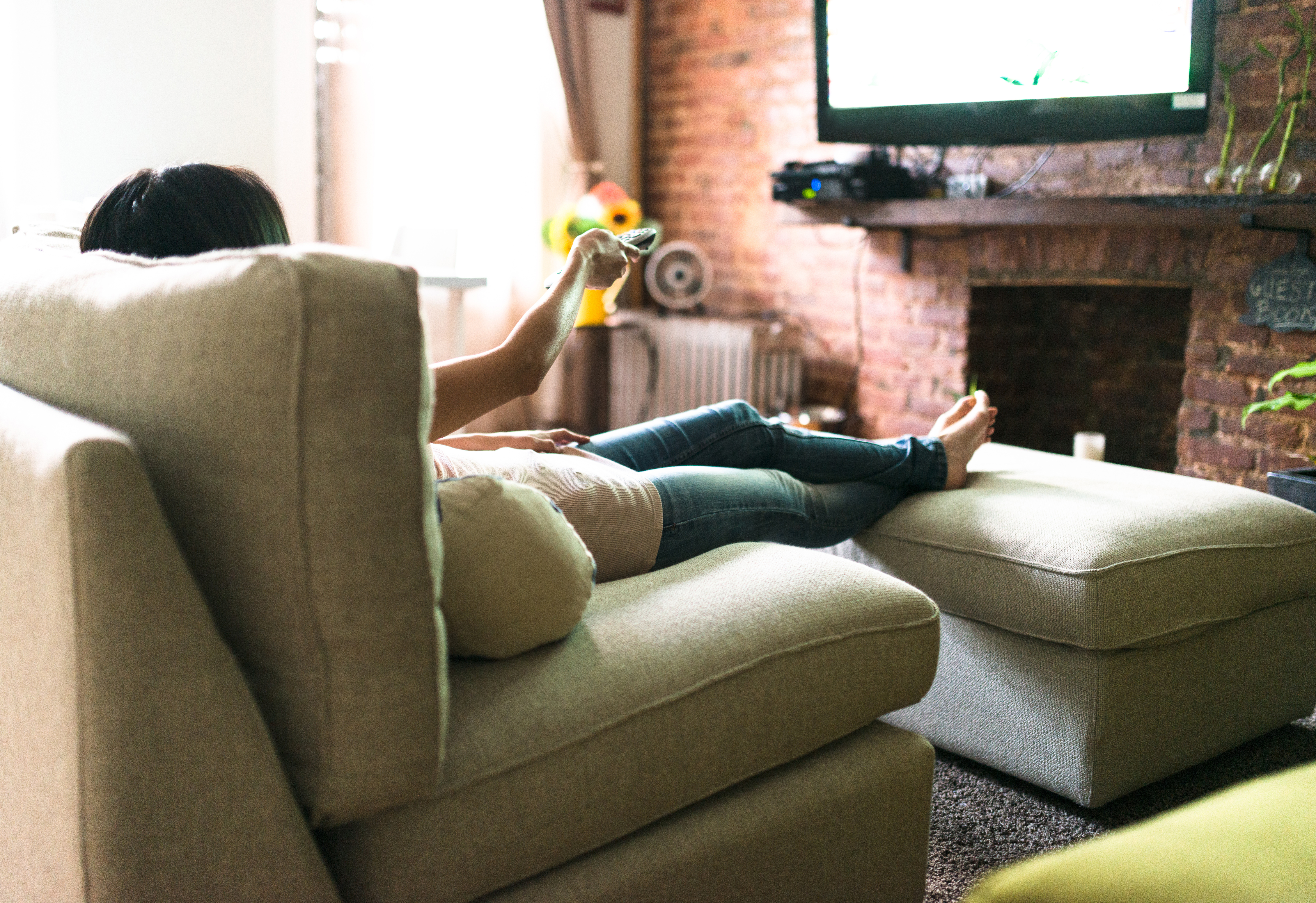 Anxiety and Panic Attacks: Dumb TV Can Help