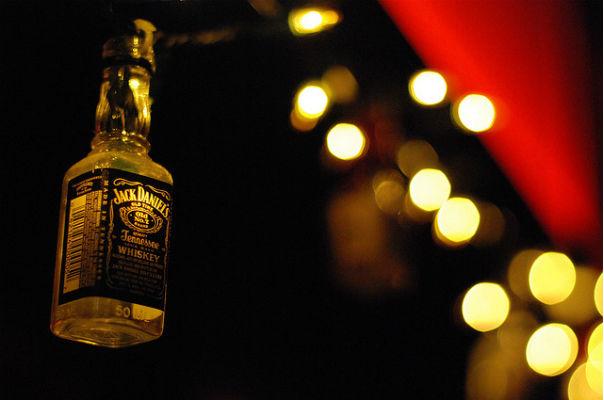 whiskey sore throat