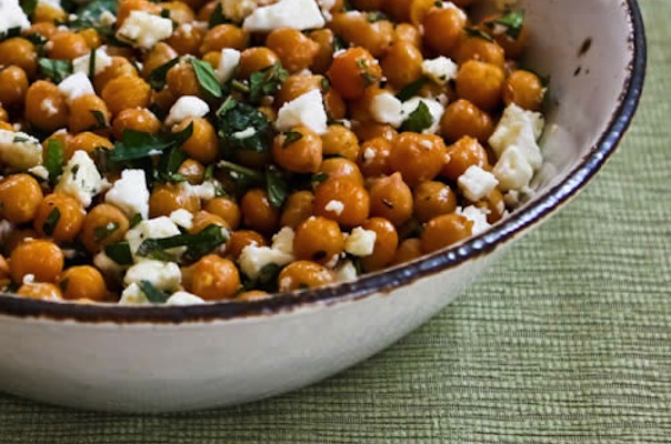 Meatless Monday Chickpeas